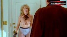 Linda Carlson Boobs Scene – The Pickle