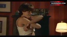 1. Michelle Clunie Shows Breasts in Lesbi Scene – Queer As Folk