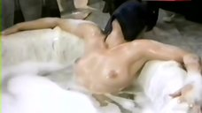 Pamela Jean Bryant Naked in Hot Tub – Trapped