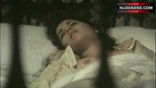 Sandra Mozarowsky Tits Scene – Beatriz