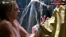 Sophie Von Kessel Naked under Shower – Die Tochter Des Morders