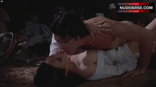 Jennifer Connelly Sex on Ground – Of Love And Shadows