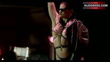 Lisa Lyon Striptease Scene – Vamp