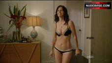 Courteney Cox Sexy in Bra and Panties – Cougar Town