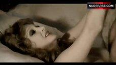 Adriana Asti Sex Scene – Conviene Far Bene L'Amore