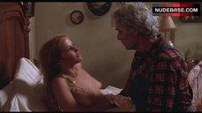 Nina Axelrod Shows Naked Tits – Motel Hell