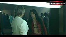 Penelope Cruz Hot Scene – Don'T Tempt Me