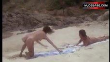 Anja Schute Full Naked on Beach – Premiers Desirs