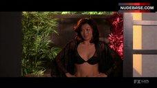 Michelle Krusiec Lingerie Scene – Nip/Tuck