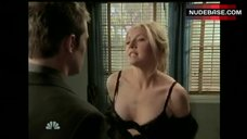 Sarah Chalke in Sexy Black Bra  – Scrubs