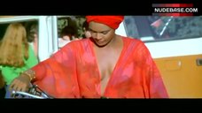 Tamara Dobson No Bra – Cleopatra Jones