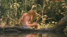 Jan Mackenzie Shows Tits and Butt – 'Gator Bait Ii
