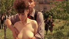 Isabelle Maltese Public Nudity – Fucking Fernand