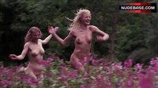 Sammi Davis Outdoor Nudity – The Rainbow