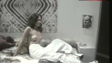 Jess Walton Topless Scene – Monkeys In The Attic