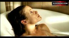 Anne Cathrin Buhtz Lying in Bath – Ratten - Sie Werden Dich Kriegen!