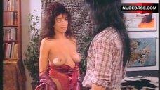Karen Russell Shows Nude Tits – Shock 'Em Dead