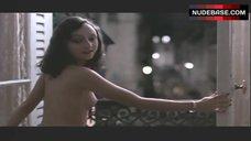Maria De Medeiros Nude Boobs and Ass – Henry & June