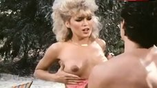 Amber Lynn Flashes Breasts – Evils Of The Night