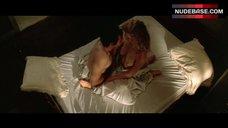 10. Laura Dern Shows Boobs – Wild At Heart