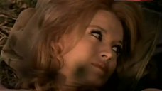 Angie Dickinson Shows Nipples – Sam Whiskey