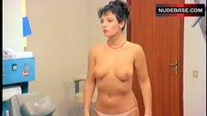 2. Paola Senatore Boobs Scene – L' Infermiera Di Notte