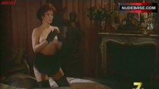 2. Paola Senatore Masturbating – Malombra
