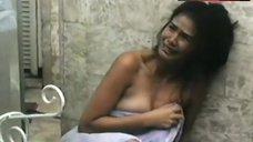 Patricia Javier Nude and Wet – Gusto Ko Ng Lumigaya