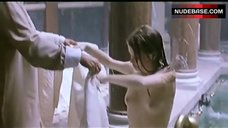 Melanie Thierry Exposed Tits – Canone Inverso - Making Love