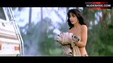 9. Veronica Gamba Shows Nude Tits – Smokey And The Bandit Iii