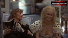 Faye Dunaway Decollete – The Four Musketeers