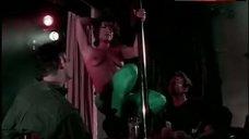 Mia Zottoli Topless Pole Dance – Madame Hollywood