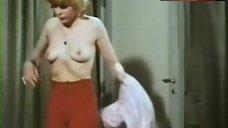 Giovanna Lenzi Bare Breasts – Sette Scialli Di Seta Gialla