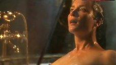 Soo Garay Topless Scene – The Hunger