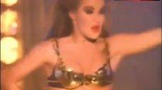 Carmen Electra Hot Striptease – Carmen Electra - Go Go Dancer