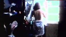 9. Rosanna Roces Topless Scene – Curacha: Ang Babaing Walang Pahinga
