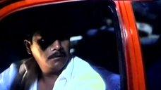 5. Rosanna Roces Shows Tits on Street – Curacha: Ang Babaing Walang Pahinga