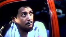 9. Rosanna Roces Shows Tits on Street – Curacha: Ang Babaing Walang Pahinga