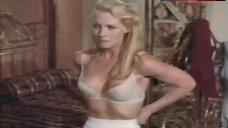 Angel Tompkins Areola Slip – How To Seduce A Woman