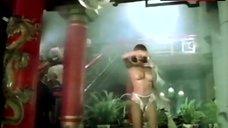 2. Sonia Infante Shows Tits during Striptease – La Casa Que Arde De Noche
