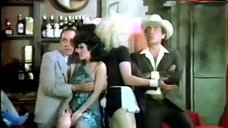 5. Sonia Infante Shows Tits during Striptease – La Casa Que Arde De Noche