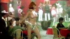 6. Sonia Infante Shows Tits during Striptease – La Casa Que Arde De Noche