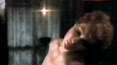 1. Sex with Sonia Infante – La Casa Que Arde De Noche