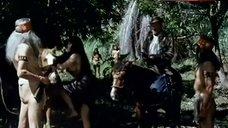 9. Sonia Infante Shows Breasts in Jungle – The Treasure Of The Amazon