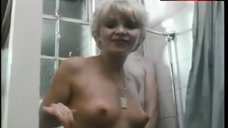 Suzy Mandel Nude in Shower – Adventures Of A Plumber'S Mate