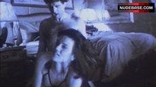 Linda Fiorentino Home Sex Video – Jade