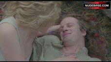3. Beatie Edney Boobs Scene – Highlander