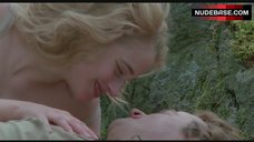4. Beatie Edney Boobs Scene – Highlander
