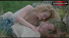 7. Beatie Edney Boobs Scene – Highlander