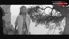 Jane Fonda Bikini Scene – Joy House